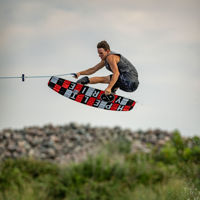 Picture of Hyperlite Motive Wakeboard with Frequency Boots - 2021