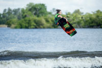 Picture of Ronix Vault Kid's Wakeboard with Divide Boots - 2021