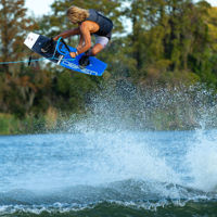 Picture of O'Brien System Jr. Kid's Wakeboard with Junior Clutch Boots - 2021